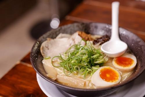 高橋真麻「ラーメン注文時に頼んだトッピングより、後で頼んだ別皿のトッピングの方が量が多い」