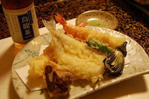 マッマ「今日の晩御飯は天ぷらよ~」「ワイよっしゃあああああ!!!」