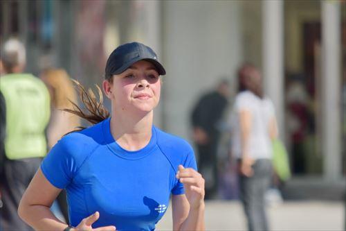 【悲報】ジョギング5km、おにぎり2個分しか消費しない