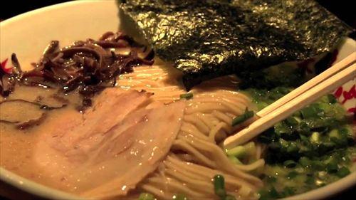 博多で美味い飯屋教えてクレメンス