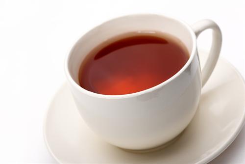 紅茶に含まれる成分が骨粗しょう症に効果 体重60キロなら3日に一度60杯の紅茶を飲めば効果