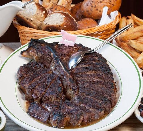 肉は脂身のある肉をレアで食うより赤身肉をカリカリになるまで焼いて食うほうが美味い