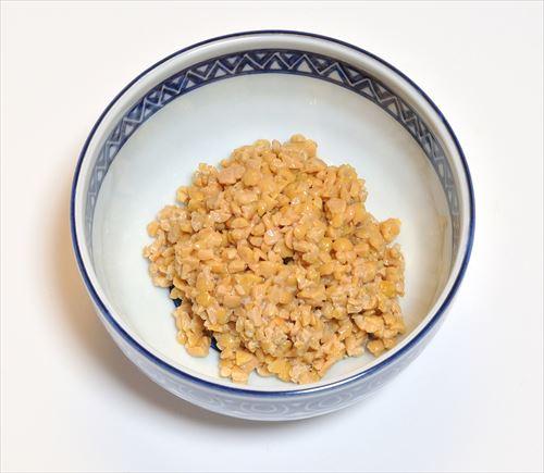 ワイ納豆担当大臣、ひきわり納豆の生産を禁止する