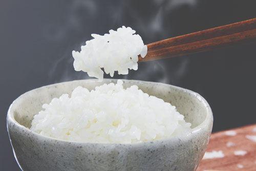米粒が気持ち悪くて食えないんだけど、分かる奴いる?