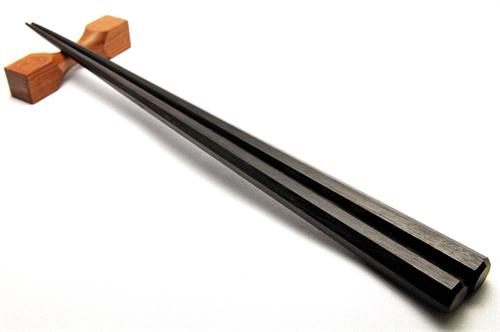 箸の正しい持ち方に合理的理由ってあるの?
