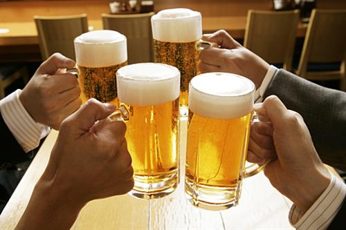 なんで会社の飲み会は悪みたいな風潮なんだ?