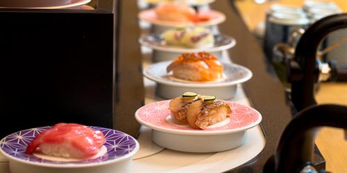 最初に食べる寿司ネタ…第1位マグロ(赤身)、第2位サーモン、第3位イカ