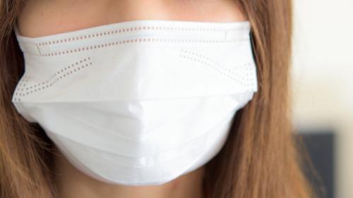 【悲報】日本政府さん、マスクの転売を規制する法律があるのに使わない