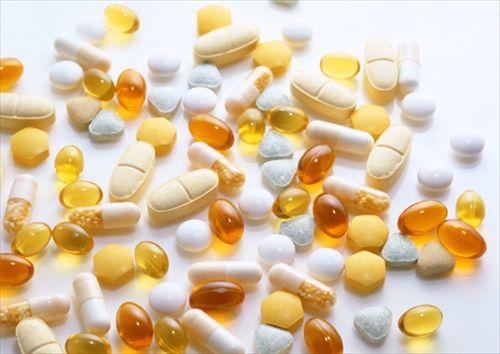 薬と相性の悪い食べ合わせ5選 炭酸飲料と風邪薬で効果が減る