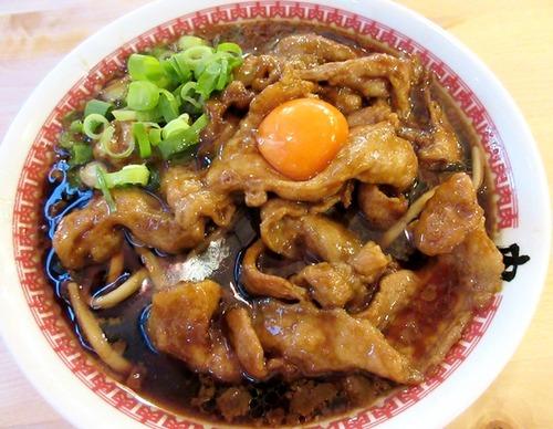 肉・肉・肉の圧倒的な存在感! 東京・秋葉原の新店「肉汁麺ススム」 肉をとにかく喰らいまくれ!!