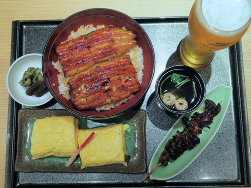 晩飯に、うなぎ丼、う巻、肝焼き、生ビールで5680円 ワロタwwwwwwwwwwwwwwwwww