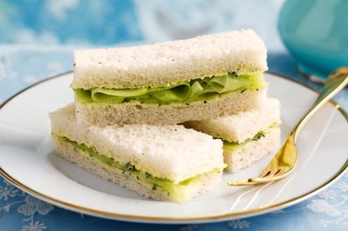 サンドイッチにきゅうりを入れるな