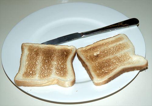 パンにのっけてうまいもん教えてくれ!
