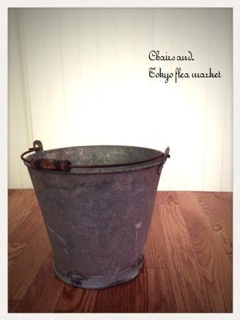 Chairs and. ナチュラルなインテリアと雑貨と手作りと、日々のこと。