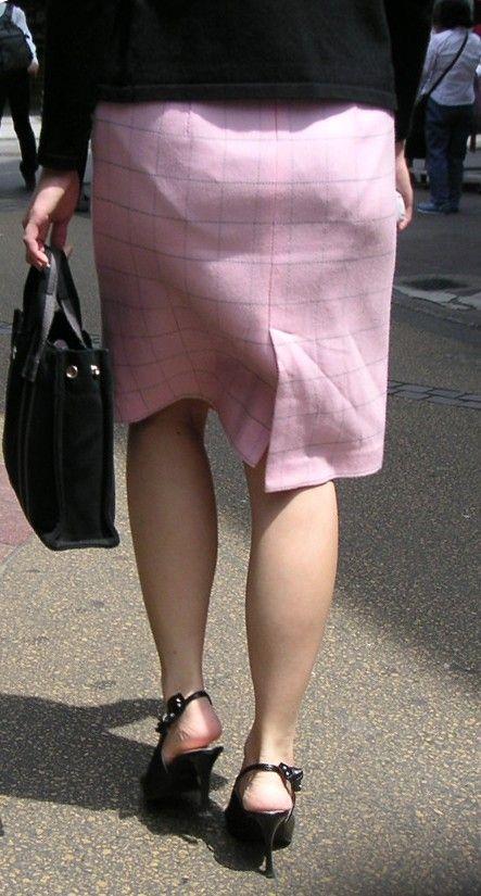 街を歩く女のお尻