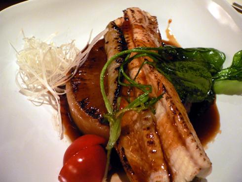 煮穴子と大根のステーキ