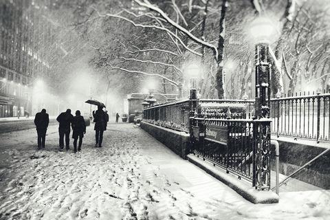 new-york-city-winter-snow-at-night-vivienne-gucwa