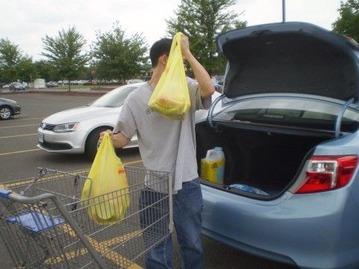 駐車場が広いと買い物も楽チン