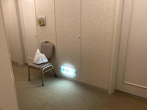 コロナ禍のホテルの廊下
