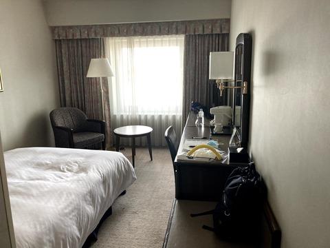 コロナ禍で帰国者用に準備されたホテルの部屋