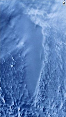 250px-Lake_Vostok_Sat_Photo_color