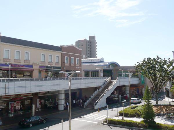 1280px-Tanashi-Sta-N