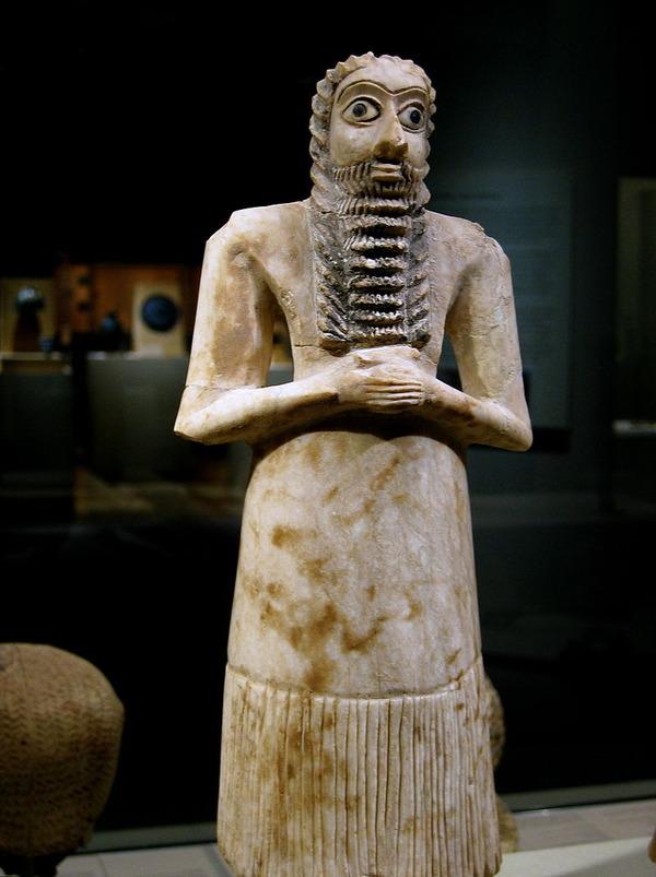 800px-Mesopotamia_male_worshiper_2750-2600_B.C