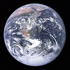 270px-The_Earth_seen_from_Apollo_17