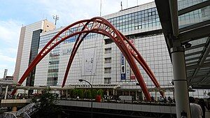 300px-立川駅北口 (3)
