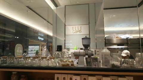 ELLE CAFE 銀座Six 1