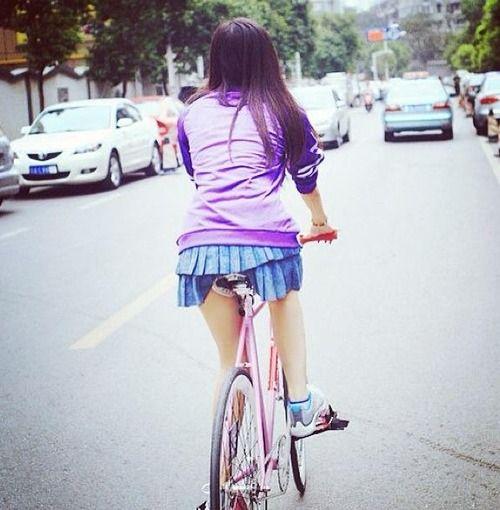 自転車の 自転車 面白い名前 : 夏になってファッションも解放 ...
