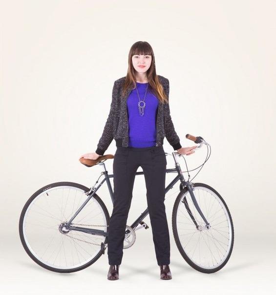 lizzie_w_bike_model_face-645x690