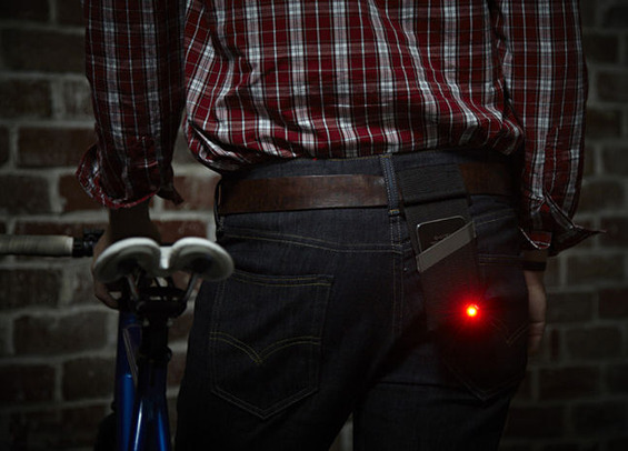 Monocle-iPhone-Bike-Light-1