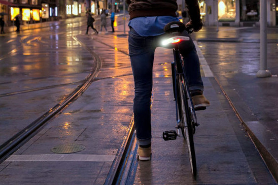 Blinkers_kickstarter-city-bike-turnsignals_3-600x400