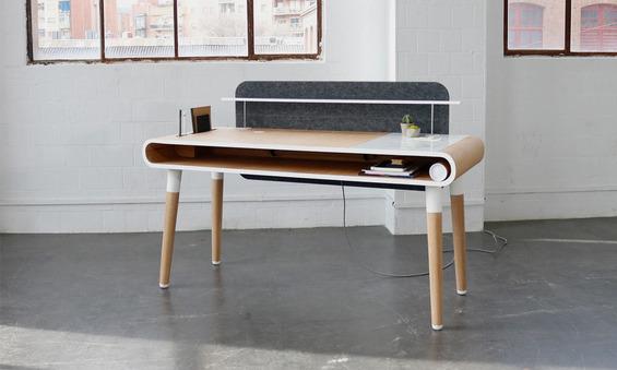 Kollen-Desk-1