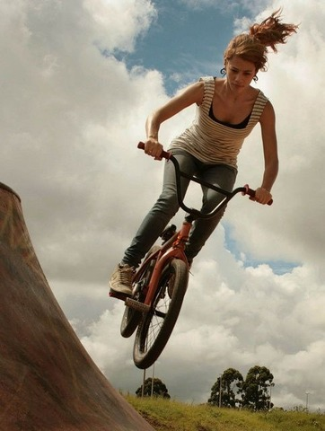611237c5f23e4d0d898f49d676edfe2f--bmx-girl-girls-on-bicycles