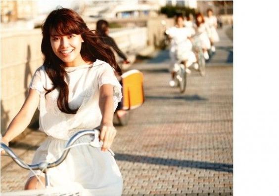 white-dress-580x408