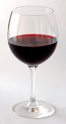 220px-Red_Wine_Glas