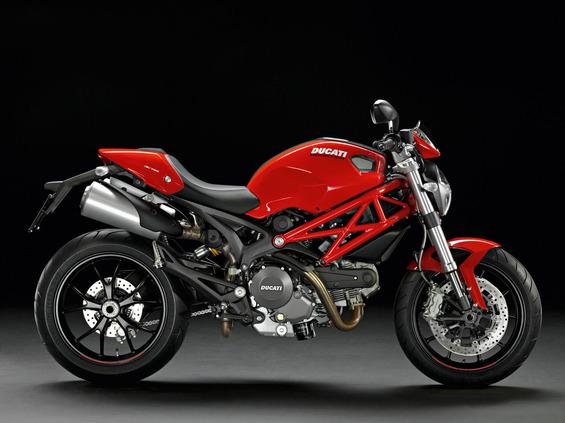 2013-Ducati-Monster-796d