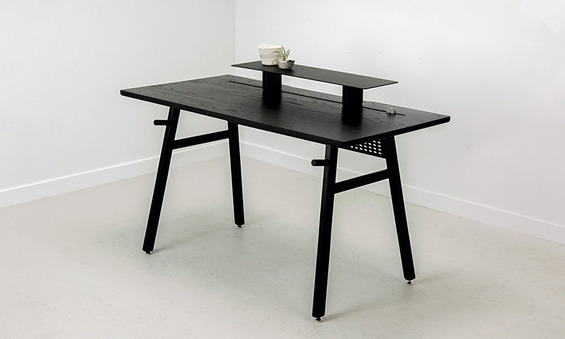 Artifox-Desks-and-Accessories-Are-Back-in-Black-1