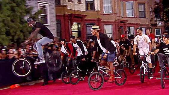 Nigel-Sylvester-pharrell-VMA-Brooklyn-Machine-Works-sharpened