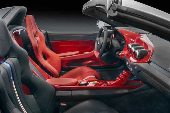 The-Ferrari-F60America-interior