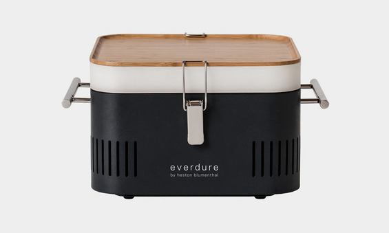 Cube-Grill-Is-Great-for-Grilling-on-the-Go-1