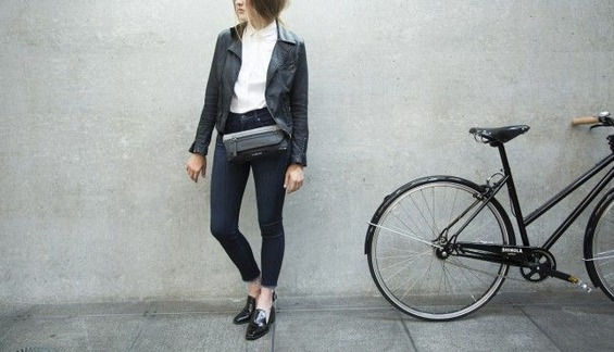 FEMME-FANNY-PACK_839-3-1182_Fall2015_Lifestyle001-645x370
