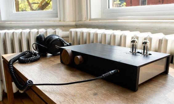 The-Billie-Amp-2