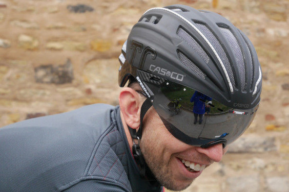 Casco_Speed-Airo-TCS-aero-road-helmet_castle-600x400