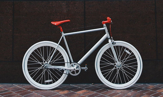 Soles-New-Bike-Has-a-Reflective-Frame-5