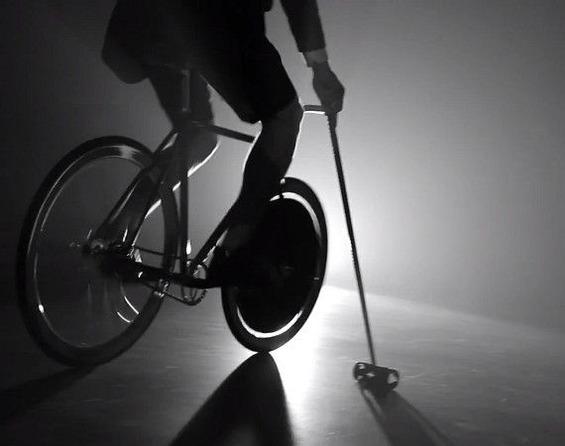 louis-vuitton-presents-craftsmen-on-wheels
