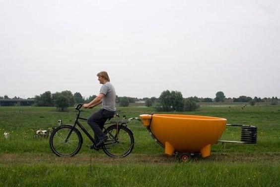 Dutch-tub-on-bike-trailer-600x400
