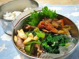 豚肉と卵・小松菜の炒め物弁当
